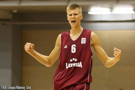 """Unconventional Style""     Porzingis pictured above before the NBA draft. There was nothing not to like. Right?"